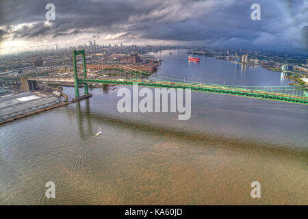 Aerial of Walt Whitman Bridge Looking Towards Center City Philadelphia - Stock Image