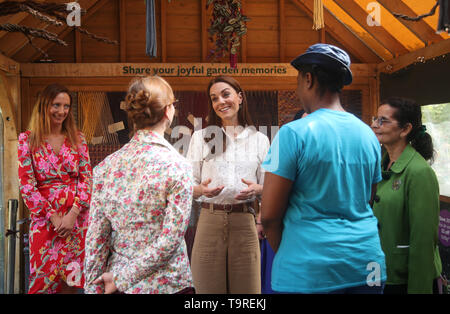 The Duchess of Cambridge during her visit to the RHS Chelsea Flower Show at the Royal Hospital Chelsea, London. - Stock Image