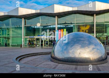 Sint-Niklaas railway station, Flanders, Belgium - Stock Image