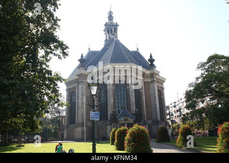 17th century classical Nieuwe Kerk (New Church) in The Hague, The Netherlands at Spui street.. - Stock Image