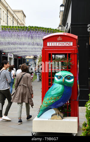 A peacock Owl in the Southgate Shopping Centre Bath during 2018 event.All of the Owls were sponsored and auctioned at the end of the event with  profi - Stock Image