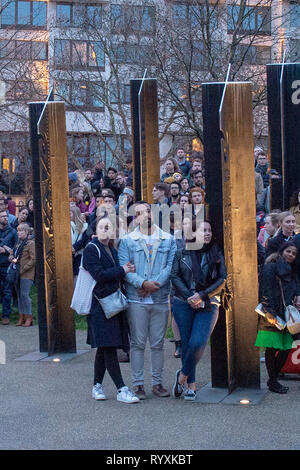 London, United Kingdom. 15th Mar, 2019. A vigil for the Christchurch mosque terror attacks takes place at the New Zealand War Memorial at Hyde Park corner. Credit: Peter Manning/Alamy Live News - Stock Image