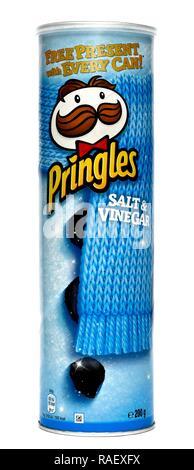 Pringles winter packaging salt & vinegar flavour 200g - Stock Image