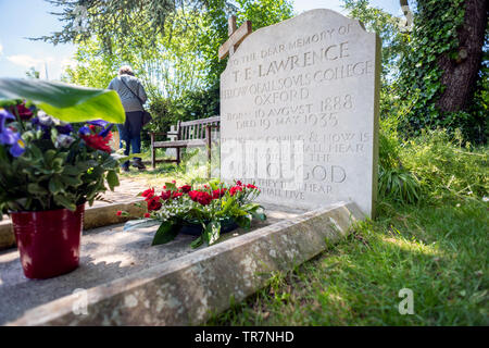 The grave of T E Lawrence, Lawrence of Arabia, in St Nicholas' Church, Moreton, Dorset, UK - Stock Image