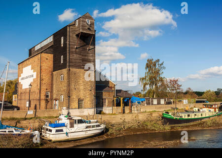 The Old Tide mill, river Crouch, Battlesbridge, Wickford, Essex. - Stock Image