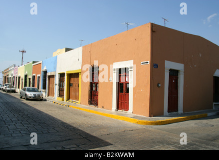 Colourful Painted Houses in Campeche, Yucatan Peninsular, Mexico - Stock Image