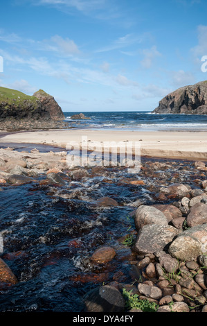 Stream running down to Dalbeg beach, Isle of Lewis - Stock Image