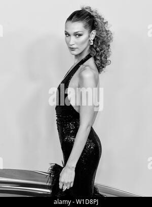 New York, NY - June 03, 2019: Bella Hadid attends 2019 CFDA Fashion Awards at Brooklyn Museum - Stock Image
