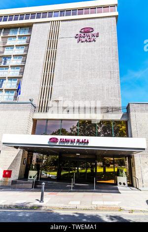 Crowne Plaza Plymouth, Armada Way, Plymouth PL1 2HJ, Crowne Plaza Hotel Plymouth, Crowne Plaza hotels, Crowne Plaza hotel, Plymouth, Devon, UK, front - Stock Image