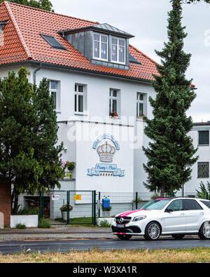 Nanny's Place building exterior - Dual language English & German Kindergarten in Berlin-Lichterfelde - Stock Image
