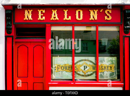 Traditional shop front of Nealon's pub in Skerries, Dublin, Ireland - Stock Image