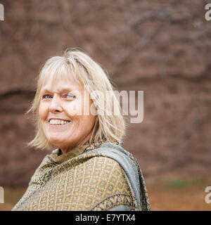 Portrait of senior woman in shawl - Stock Image