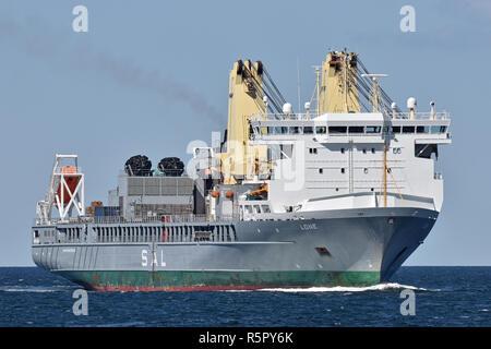 Heavy-Lift-Ship Lone - Stock Image