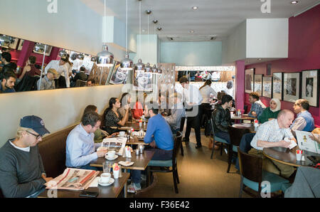 Raoul's cafe in Maida Vale London Britain - Stock Image