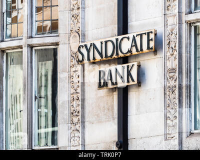 Syndicate Bank London - the London Branch of Syndicate Bank, one of the oldest and major commercial banks of India founded in 1925. - Stock Image
