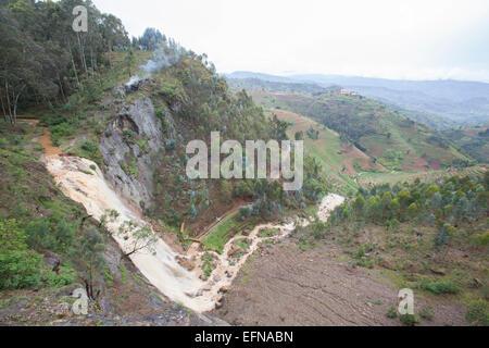 Ndaba waterfalls (Urutare rwa Ndaba) in western Rwanda. - Stock Image