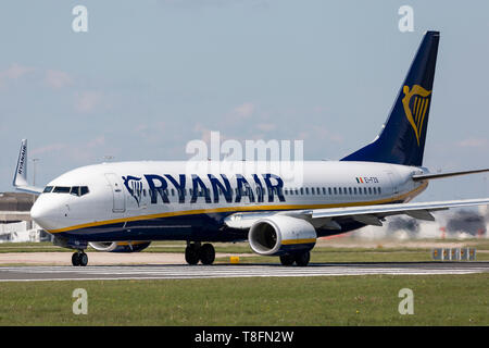 A Ryanair Boeing 737-800, registration EI-FZS, preparing for take off from Manchester Airport, England. - Stock Image