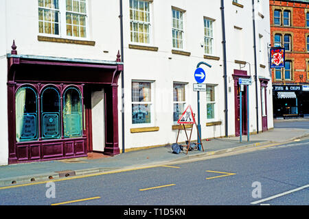 The Old Red Lion, Meadow Lane, Leeds, England - Stock Image