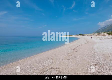 Albanien, Balkanhalbinsel, Südosteuropa, Republik Albanien, Trekking, Grün-Blaues Albanien, Albanische Riviera, Küstentrekking, Küstengebirge, Strade  - Stock Image