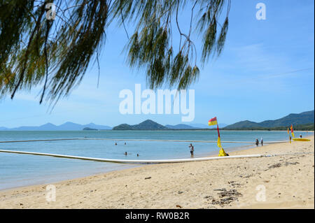 Safe swimming area inside nets to protect against marine stingers, Palm Cove, Cairns Northern Beaches, Far North Queensland, QLD, FNQ, Australia - Stock Image