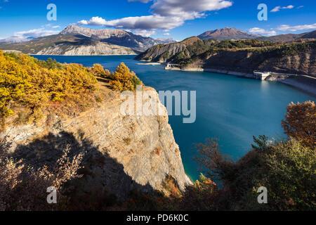 Serre Poncon Lake in Autumn. Hautes-Alpes, European Alps, France - Stock Image