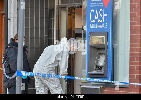 Beaconsfield, United Kingdom. 2 February 2019. Thames Valley Police were called to the Nationwide Building Society at around 08:45GMT today to reports that an ATM had been damaged and a suspicious device was located. Nobody has been injured and officers from the Explosive Ordnance Disposal unit are also on scene assessing the device. Credit: Peter Manning/Alamy Live News Credit: Peter Manning/Alamy Live News - Stock Image