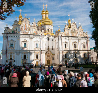 People queuing to the Cathedral at Kiev Pechersk Lavra monastery in Kiev Ukraine - Stock Image