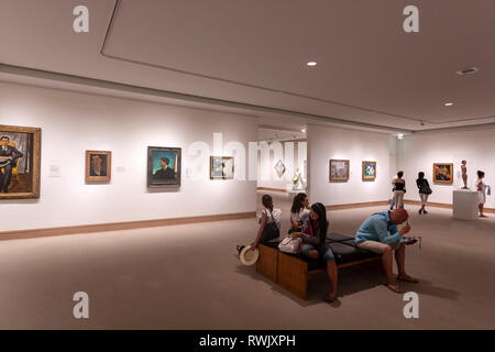 Visitors in a modern painting hall in The Metropolitan Museum of Art, Manhattan, New York USA - Stock Image