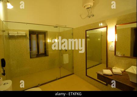 Bathroom, Lalgarh Palace Heritage Hotel, Bikaner, Rajasthan, India - Stock Image