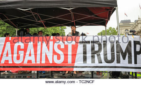 London, UK. 04th June, 2019. Caroline Lucas, MP, Green Party, on stage. People in central London protest against US President Donald Trump and his current visit to the United Kingdom. Credit: Imageplotter/Alamy Live News - Stock Image