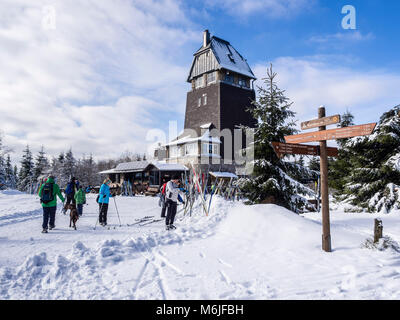 Restaurant Hanskühnenburg, hikers take a break, Winter landscape, cross country skiing,  Harz mountain range, - Stock Image