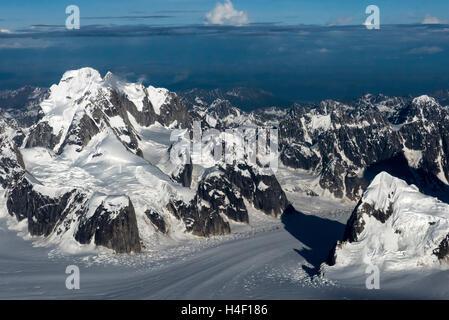 Mountain Range Denali aerial view, Denali National Park, Alaska - Stock Image