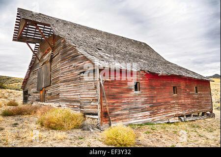 A rustic barn in eastern Oregon. - Stock Image