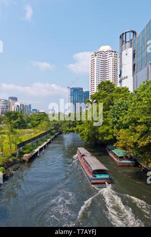 Long tail boat, Khlong Suen Saeb, Bangkok, Thailand - Stock Image