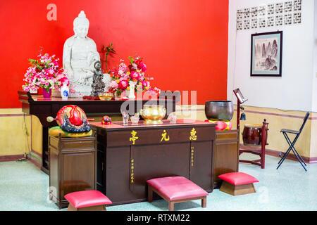 Wul Ngon Tin Chinese Buddhist Temple Altar, Kuala Lumpur, Malaysia. - Stock Image