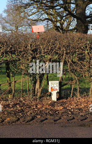 A pipeline marker and sign, Cheshire, England, UK - Stock Image