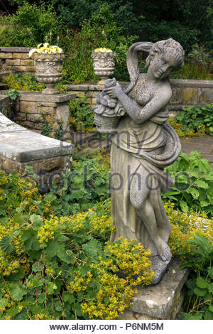 Classical goddess statue in Statue Garden at Belvoir Castle, Leicestershire, England, UK - Stock Image