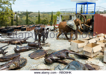 African animals made from recycled metal. they form part of the African section of the Quinta dos Loridos, Bombarrel, Portugal - Stock Image