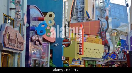 LA California Los Angeles CA Universal City Walk Citywalk shopping venues, pedestrian shopping and entertainment - Stock Image