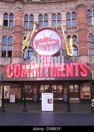 Cambridge Theatre Charing Cross Road London - Stock Image