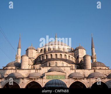Domes and minarets of the Blue Mosque, Sultanahmet, Istanbul, Turkey - Stock Image