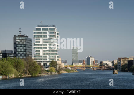 New Skycraper , Living Levels, Media Spree, Riverside Spree, Oberbaum Bridge, Friedrichshain, Berlin - Stock Image