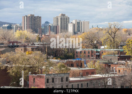 Le Plateau residential district of Montreal, Quebec, Canada, seen from above, with its typical individual houses made of red brick, North American sty - Stock Image