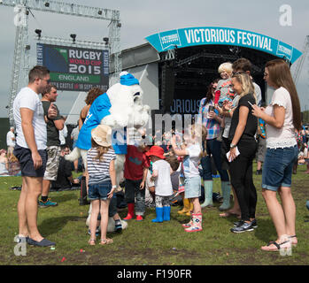 Portsmouth, UK. 29th August 2015. Victorious Festival - Saturday. There are plenty of kids present, and being entertained, - Stock Image