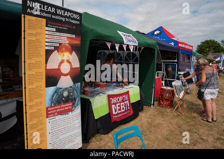 Tolpuddle, UK. 21st July 2018. Capacity crowds packed the annual Tolpuddle MartyrsÕ Festival. So far the weather has been hot and sunny, other than a little rain Friday evening. The crowds look forward to Jeremy Corbyn attending tomorrow. Credit: Stephen Bell/Alamy Live News. - Stock Image