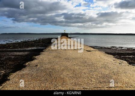 Hampshire. 10th Nov, 2017. UK Weather. Lymington and Keyhaven Marshes Local Nature Reserve on a sunny autumn day - Stock Image