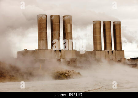 Capturing geothermal steam from boreholes to power the Reykjanes geothermal power station near Reykjavik in Iceland. The power station produces 100 MW of electricity. Icelands electricity is 100% renewable, made up of about 70% hydro and 30% geothermal. - Stock Image