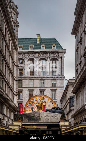 Exterior of The Savoy hotel, London, UK. - Stock Image