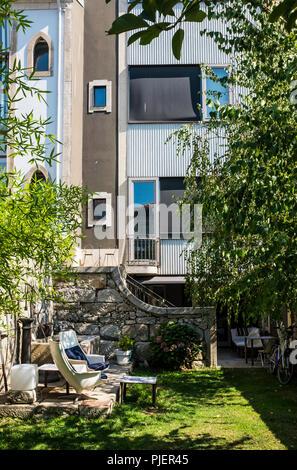 The garden at Casa do Conto hotel, Porto, Portugal. - Stock Image