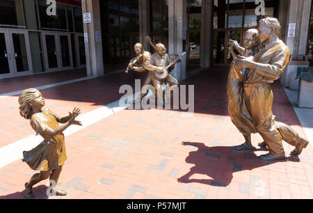 ASHEVILLE, NC, USA-24 JUNE 18: Sculptures at the front of the Thomas Wolfe Auditorium in Asheville, NC, USA. - Stock Image